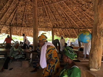 community-visioning-session-at-tumani-tenda-site.jpg