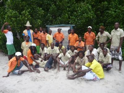 Sudi Island Workers Cleaners.JPG