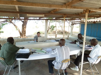 coast-project-planning-meeting-with-the-project-manager-and-local-committee-members.jpg