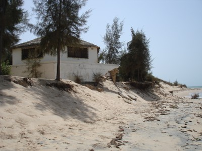 hugging-shoreline-leading-to-a-significant-loss-of-capital-from-beach-erosion.jpg