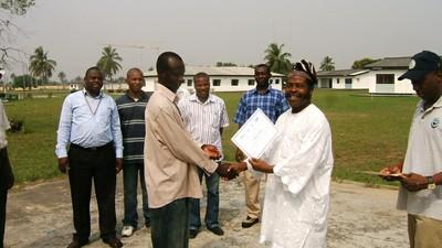 Certificate giving, Nigeria Induction training (2).jpg