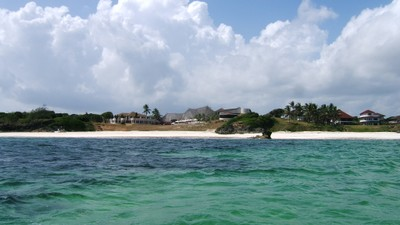 New hotel developments along southern Watamu beach area.JPG
