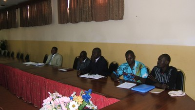 Stakeholders meeting, Douala may 09.JPG